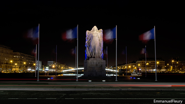 By Night - La France dans le vent